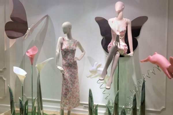 shopwindow display spring 3d candys international